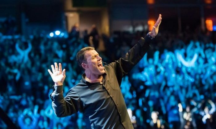 Tony Robbins returns to Toronto and Ottawa with his Power of Success seminar at the end of September 2018. (Power of Success)
