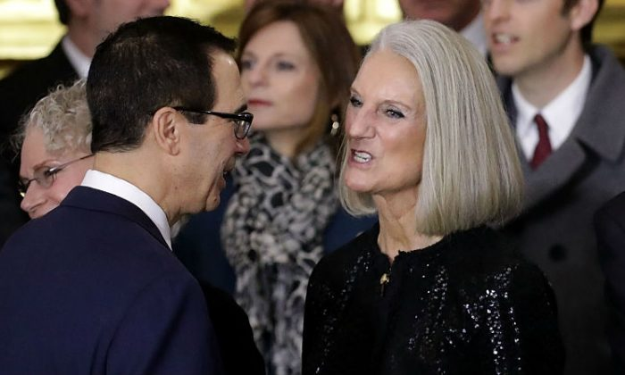 Anne Graham Lotz (R) talks to Treasury Secretary Stephen Mnuchin (L) following a ceremony to honor Rev. Billy Graham as his body lies in honor in the U.S. Capitol Rotunda Feb. 28, 2018 in Washington, DC. (Chip Somodevilla/Getty Images)