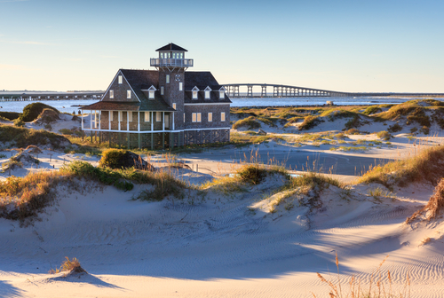 Many barrier islands have been developed into popular tourist destinations, including North Carolina's Outer Banks and South Carolina's Hilton Head and Kiawah. (Shutterstock)