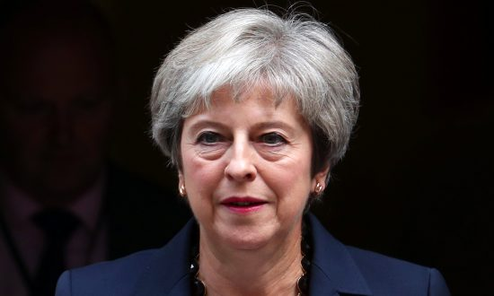 UK Prime Minister's Brexit Plans Opposed by 80 Rebels in Her Party, Says Former Minister