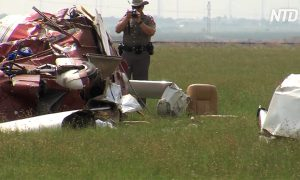 Three Still Hospitalized After Texas Light Plane Crash