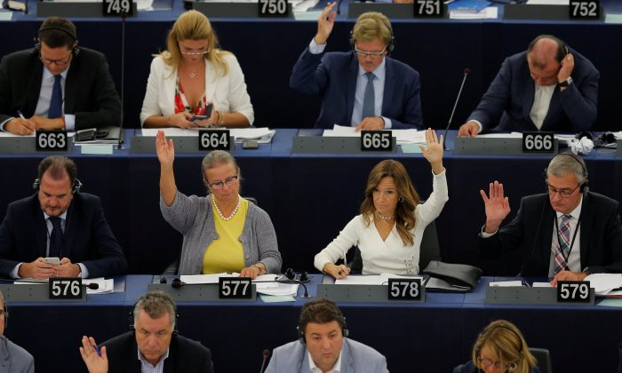 Members of theEuropeanParliament take part in a vote on modifications to EUcopyrightreforms during a voting session at the EuropeanParliament in Strasbourg, France, on Sept. 12, 2018. (Reuters/Vincent Kessler)