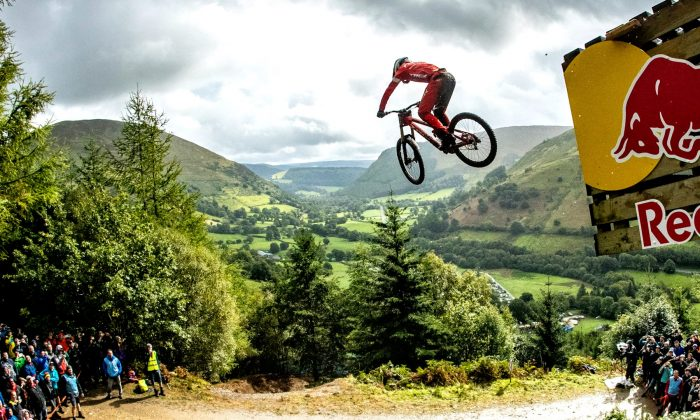 Two-time world champion Gee Atherton clinched in the fifth edition of Red Bull Hardline in Dinas Mawddwy, Wales, UK on Sept. 15, 2018. (Photo by Red Bull Media House)