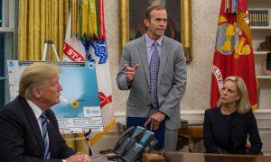FEMA Head Defends Trump on Criticism of Puerto Rico Hurricane Death Toll Figure
