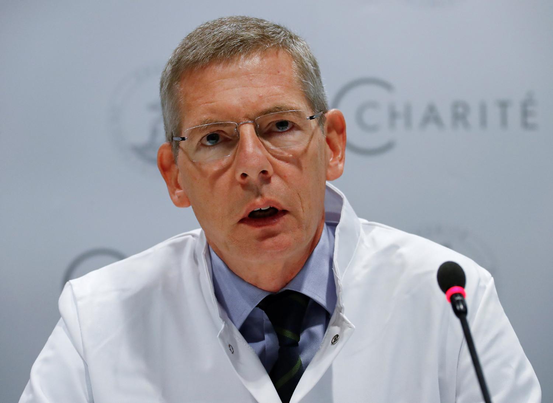Dr. Kai-Uwe Eckardt addresses a news conference
