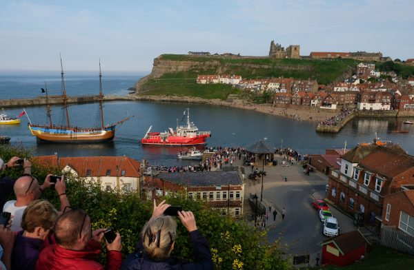 Endeavour replica towed into Whitby