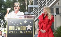 Carrie Underwood Cries During Hollywood Walk of Fame Ceremony