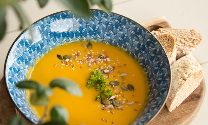 Roasted Butternut Squash, Sweet Potato, and Carrot Soup(Jade Aucamp/Unsplash)