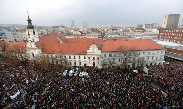 Demonstrators rally murder Slovak investigative