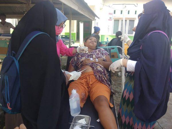 paramedic treatment earthquake survivor