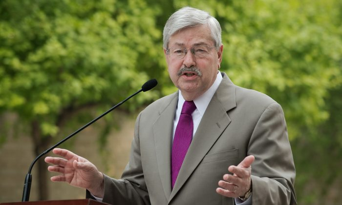 US Ambassador to China Terry Branstad speaks to the media during a press conference at his residence in Beijing on June 28, 2017. (NICOLAS ASFOURI/AFP/Getty Images)