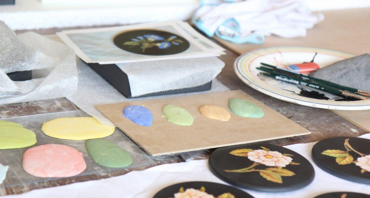 Scagliola color samples.