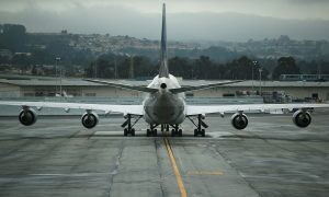 United Airlines Plane Lands Safely in Sydney After Mayday Call