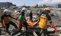 Aid Trickling In as Indonesia Death Toll Passes 1,400