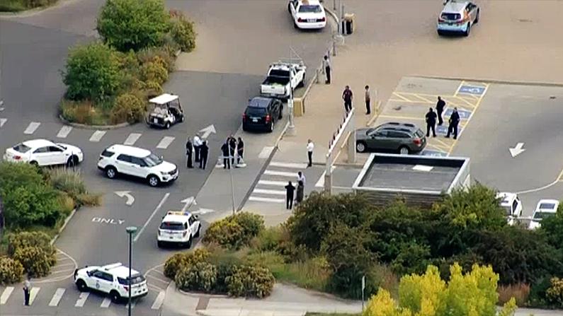Police evacuate Denver Zoo