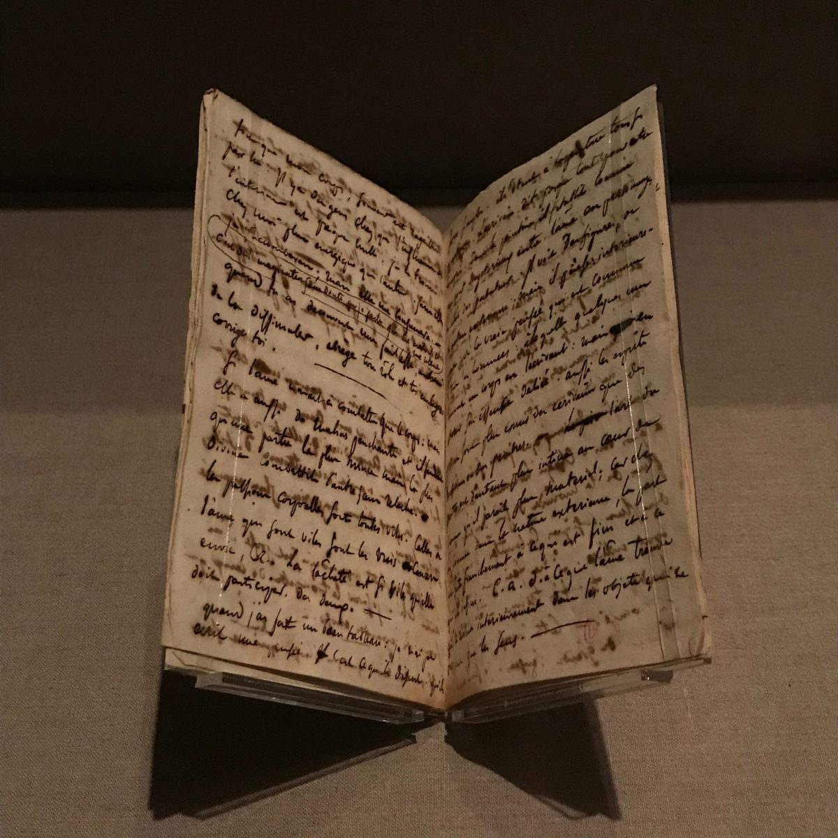 Journal, 1822–24: First Notebook (September 3–October 27, 1822). Folios 15v and 16r (October 8, 1822). Pen and brown ink on paper. Paris, Bibliothèque de l'Institut national d'histoire de l'art, collections Jacques-Doucet (Ms 247–1) (Milene Fernandez/The Epoch Times)