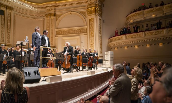 Jonas Kaufmann Sings German Songs of Romance at Carnegie Hall