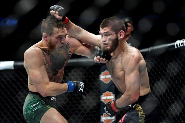 Nurmagomedov fights McGregor