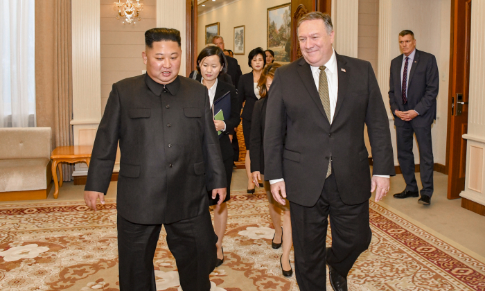 Secretary of State Michael R. Pompeo and Chairman Kim Jong Un of the Democratic People's Republic of Korea attend a working lunch in Pyongyang, Democratic People's Republic of Korea on Oct. 7, 2018. (State Department)