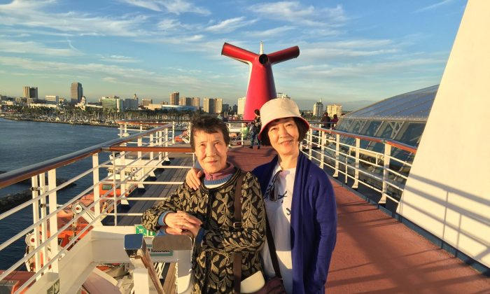 Jennifer Zeng and her mother on the deck of a cruise ship at Long Beach, California in October 2015. (Courtesy Jennifer Zeng)