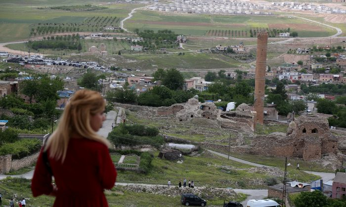 The ancient town of Hasankeyf by the Tigris river, which will be significantly submerged by the Ilisu dam being constructed, in southeastern Turkey, on April 29, 2018. (Reuters/Sertac Kayar)