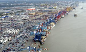 Weak German Trade Suggests Meager Growth in Third Quarter