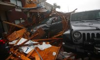 Hurricane Michael Downgraded Hits Georgia as Cat 3 , First Death Reported