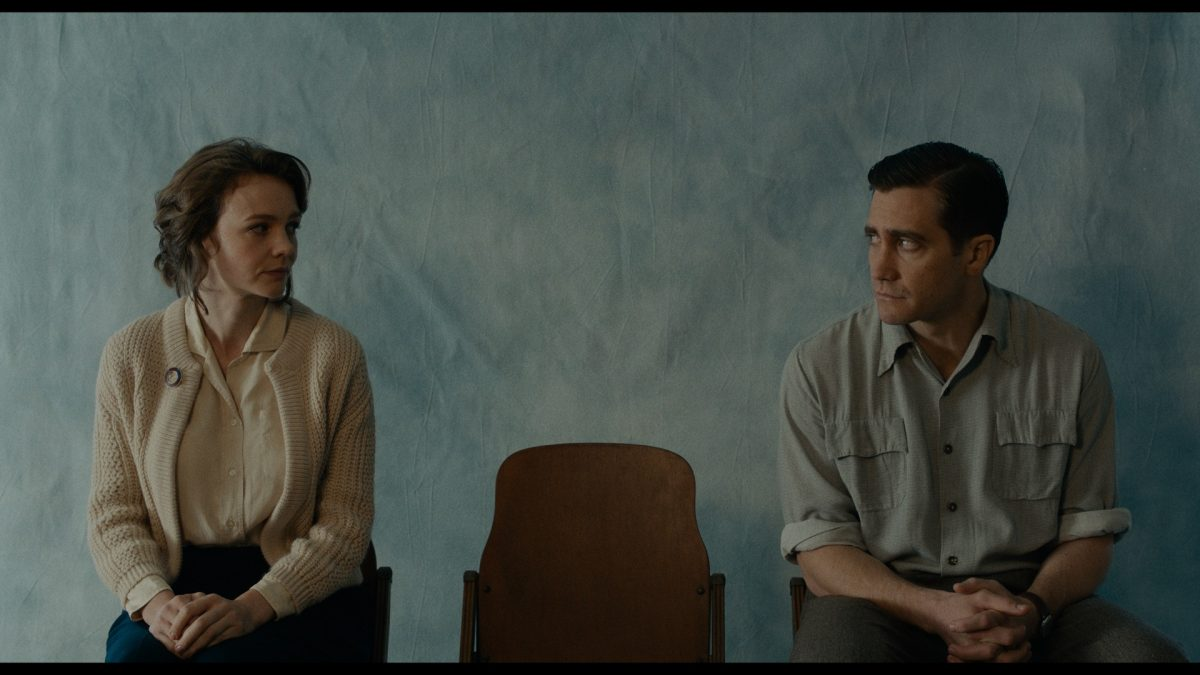 Carey Mulligan and Jake Gyllenhaal pose for the camera