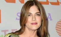 Actress Selma Blair Reveals She Suffers From MS