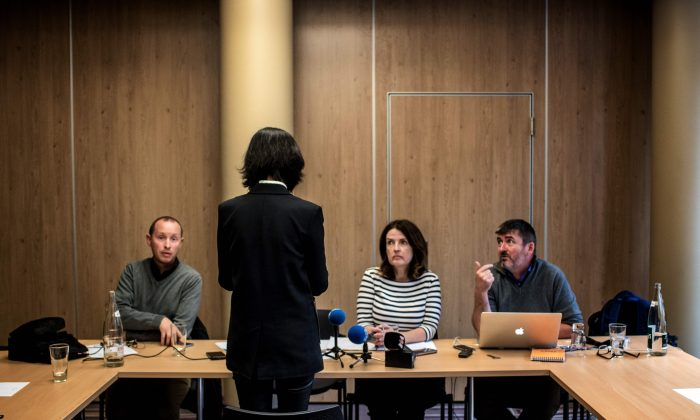 Grace, the wife of the missing Interpol president Meng Hongwei, talks to journalists in Lyon, France on Oct. 7, 2018. (Jeff Pachoud/AFP/Getty Images)