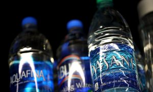 Amid Heat Wave, Official Warns Drivers Not to Leave Water Bottles in Cars