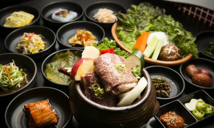 Short rib marinated in Korean clay pot. (Edward Dai)