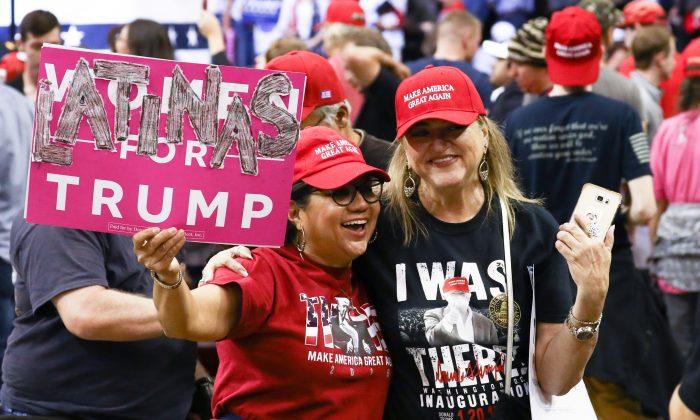 Attendees at a Make America Great Again rally in Houston, Texas, on Oct. 22, 2018. (Charlotte Cuthbertson/The Epoch Times)