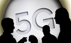 Trump Orders Creation of Wireless Spectrum Strategy as 5G Race Looms