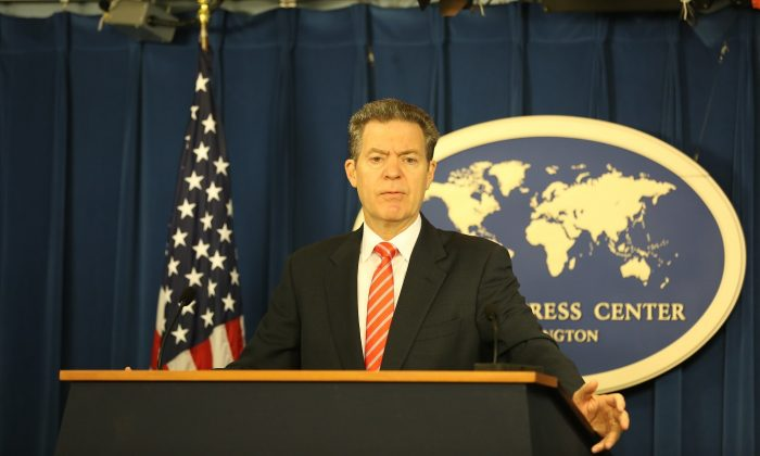 U.S. Ambassador at Large for International Religious Freedom Samuel D. Brownback speaks to celebrate International Religious Freedom Day, which commemorates the passage of the U.S. International Religious Freedom Act in 1998, at the Foreign Press Center in Washington on Oct. 25, 2018. (Jennifer Zeng/The Epoch Times)