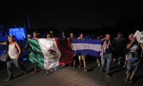 After Rejecting Offer, Migrant Caravan Demands Transport From Mexican Authorities