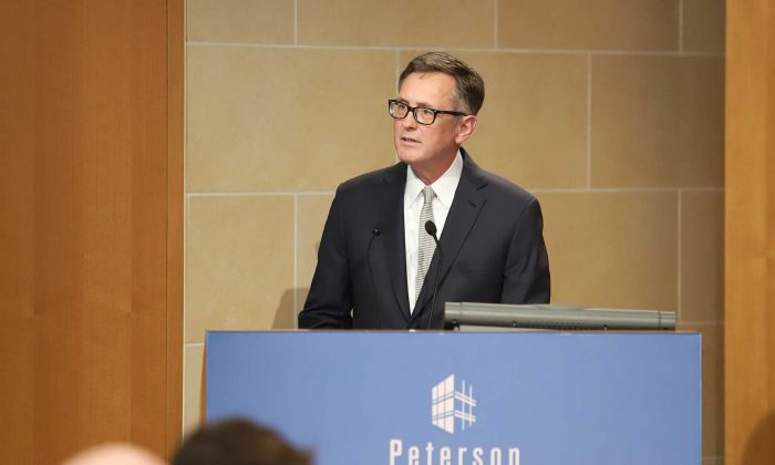 Federal Reserve Vice Chairman Richard H. Clarida presents his insights on the economic outlook and monetary policy at the Peterson Institute in Washington, on Oct. 25, 2018. (Jeremey Tripp/Peterson Institute)