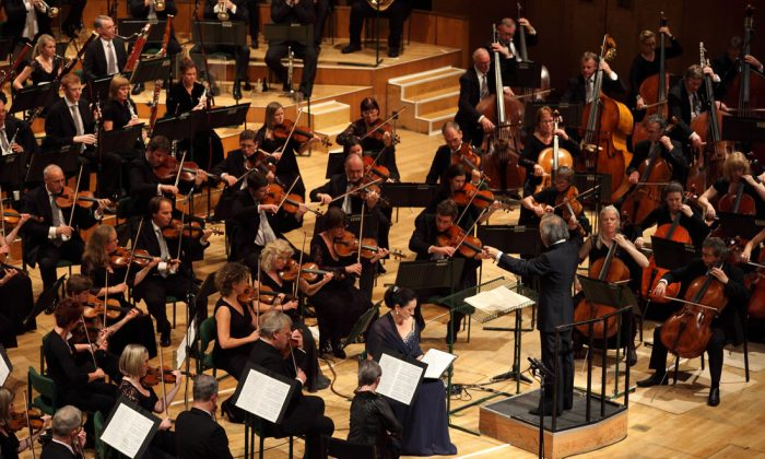BBC National Orchestra of Wales. (Art Council of Wales)