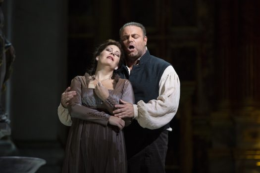 Sondra Radvanovsky as Tosca and Joseph Calleja as Cavaradossi