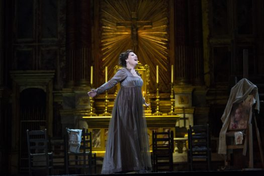 Sondra Radvanovsky as Tosca in Act 1