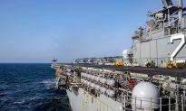 Iranian Boats Threaten US Warship in Persian Gulf