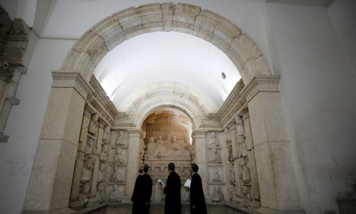 Visitors look at sculptures during the reopening of Syria's National Museum of Damascus, Syria, on Oct. 28, 2018. (Omar Sanadiki/Reuters)
