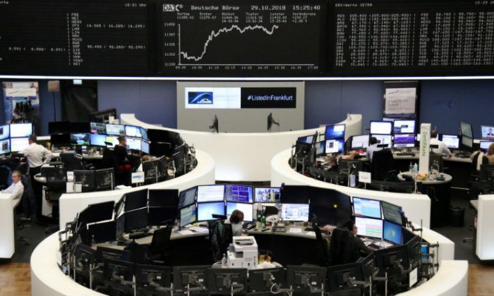 The German share price index DAX graph is pictured at the stock exchange in Frankfurt, Germany, on Oct. 29, 2018.(Staff/Reuters)