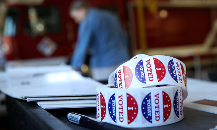 "A roll of ""I Voted"" stickers sit on a table inside a polling station at a Ross Valley fire station in San Anselmo, Calif. on June 5, 2018. (Justin Sullivan/Getty Images)"