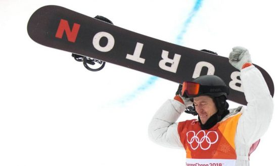 Shaun White, Olympics Snowboarder, Apologizes for Controversial Halloween Costume