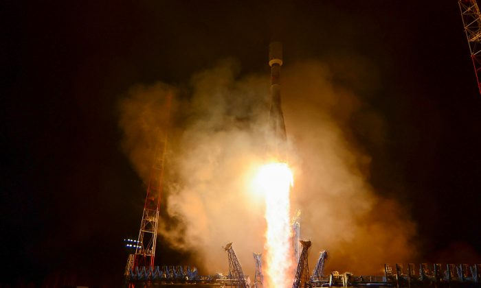 The Soyuz 2.1b rocket carrying a military spacecraft takes off from the Plesetsk cosmodrome in Arkhangelsk region, Russia, on Oct. 25, 2018. (Russian Defence Ministry Press Service/Handout via Reuters)