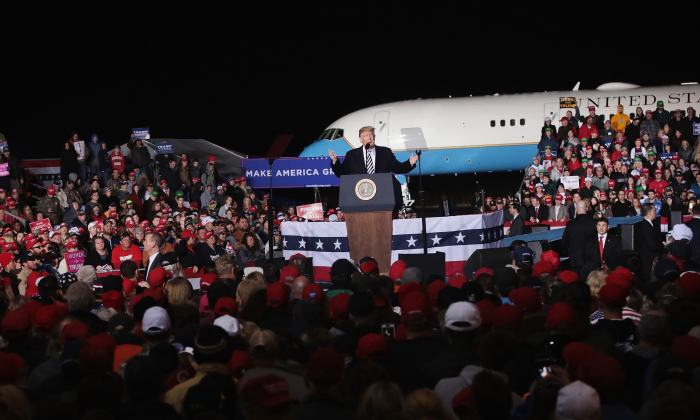 COLUMBIA, MO - NOVEMBER 01:  President Donald Trump speaks at a rally in support of U. S. Senate candidate Josh Hawley on November 1, 2018 in Columbia, Missouri. Hawley is in a tight race with incumbent Democrat Senator Claire McCaskill.  (Photo by Scott Olson/Getty Images)