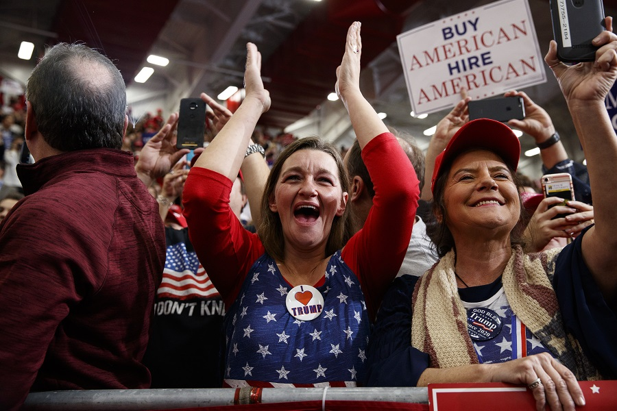 Supporters of Trump cheer