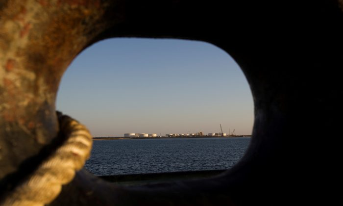 A general view of an oil dock is seen from a ship at the port of Kalantari in the city of Chabahar, 300km (186 miles) east of the Strait of Hormuz on Jan. 17, 2012. (Raheb Homavandi/File Photo/Reuters)