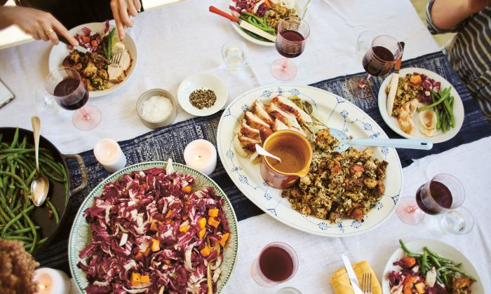 For a stress-free Thanksgiving spread, planning ahead is key. (David Loftus)